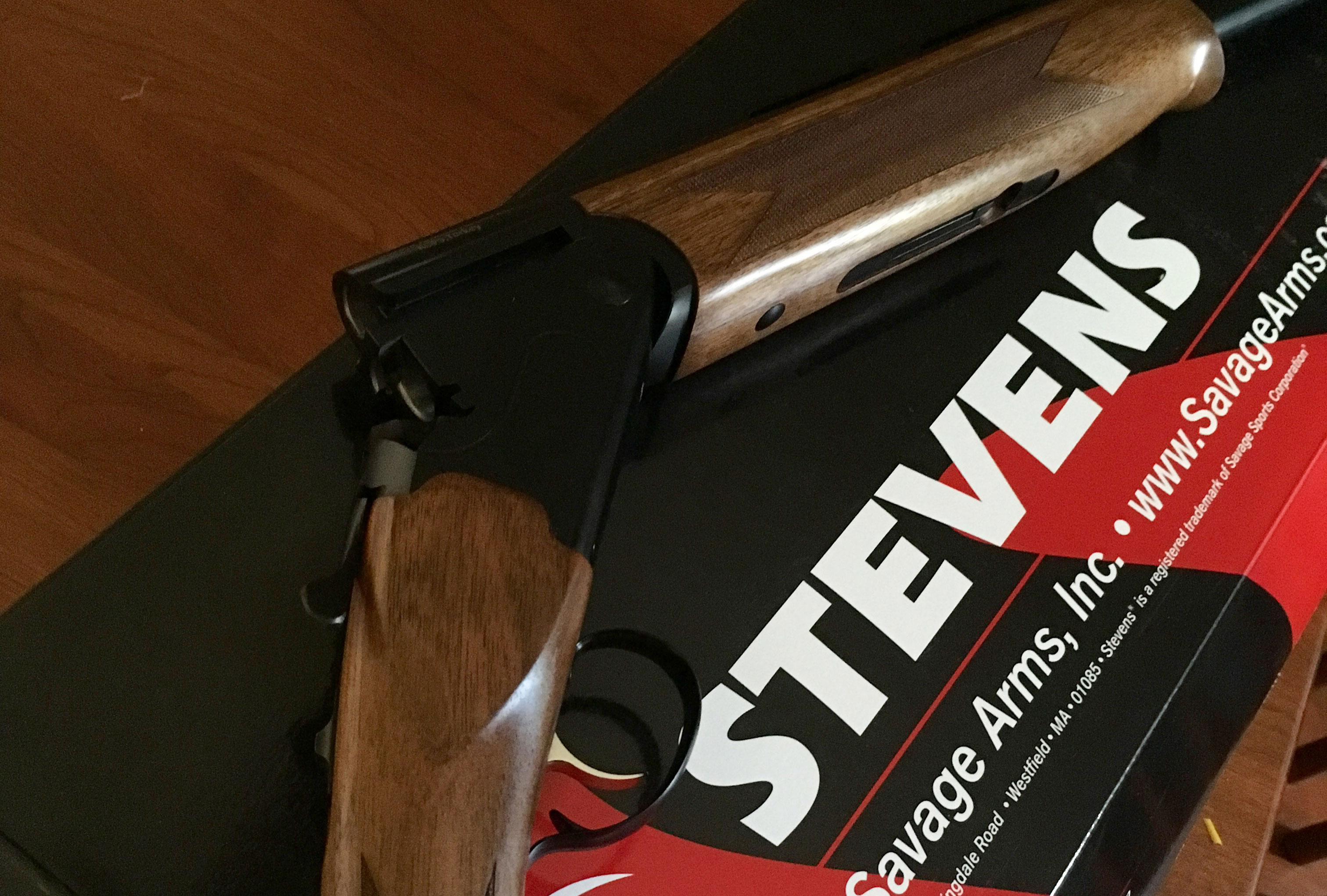 First Look: Stevens 555 Over and Under 20 Gauge Shotgun – The Will